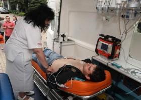 Лекарските екипи в Спешна помощ не достигат, пациенти умират у дома или на улицата