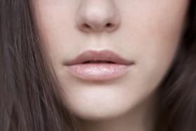 May12-Moschino-Lips