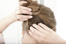 При преждевременно побеляване на косата
