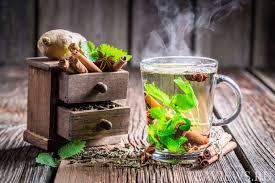Този чай за отслабване трайно топи мазнините по корема