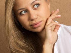 Бръчки по лицето - 2 домашни крема правят чудеса