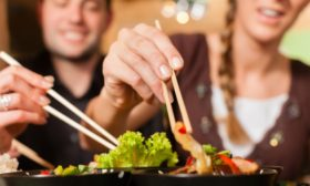 Key-elements-for-a-successful-oriental-dinner-at-home