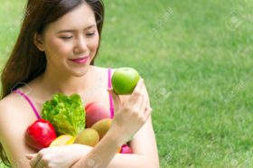 91270574-asian-healthy-woman-eat-green-apple-fruits-and-vegetables-for-healthcare